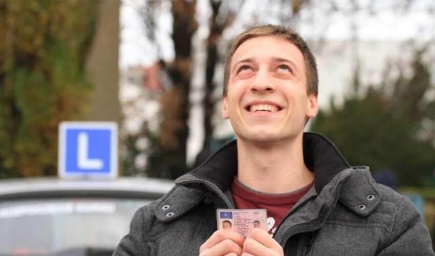 Как восстановить водительские права при утере?